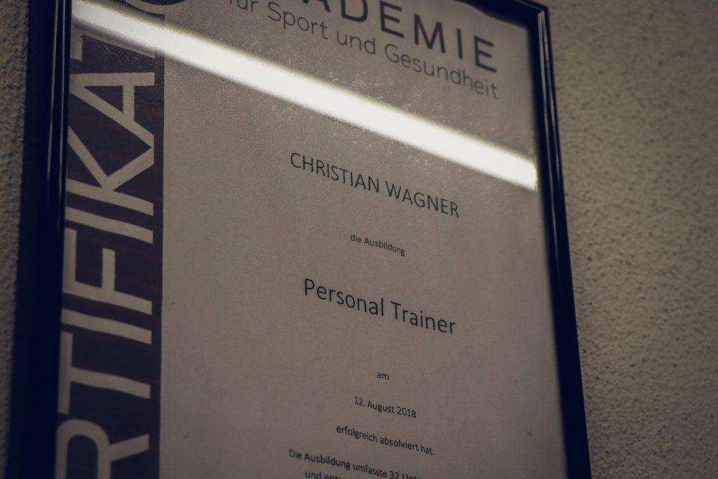 Personal Trainer mit Lizensierung